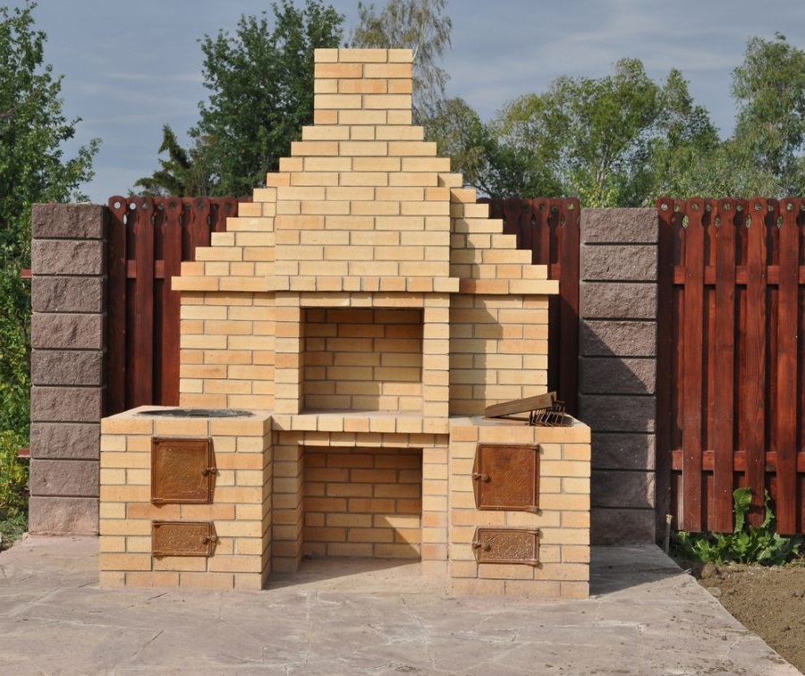 advantages this type of Brick BBQ