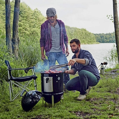 smokey mountain weber smoker bbq for a camping barbecue day